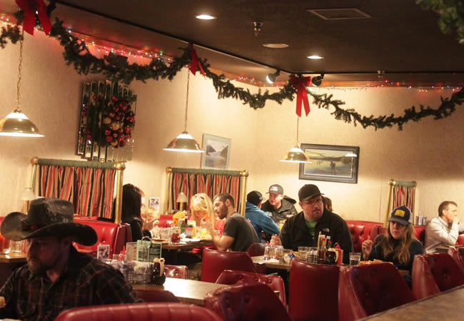 Windbreak Hotel Cafe & Lounge Christmas